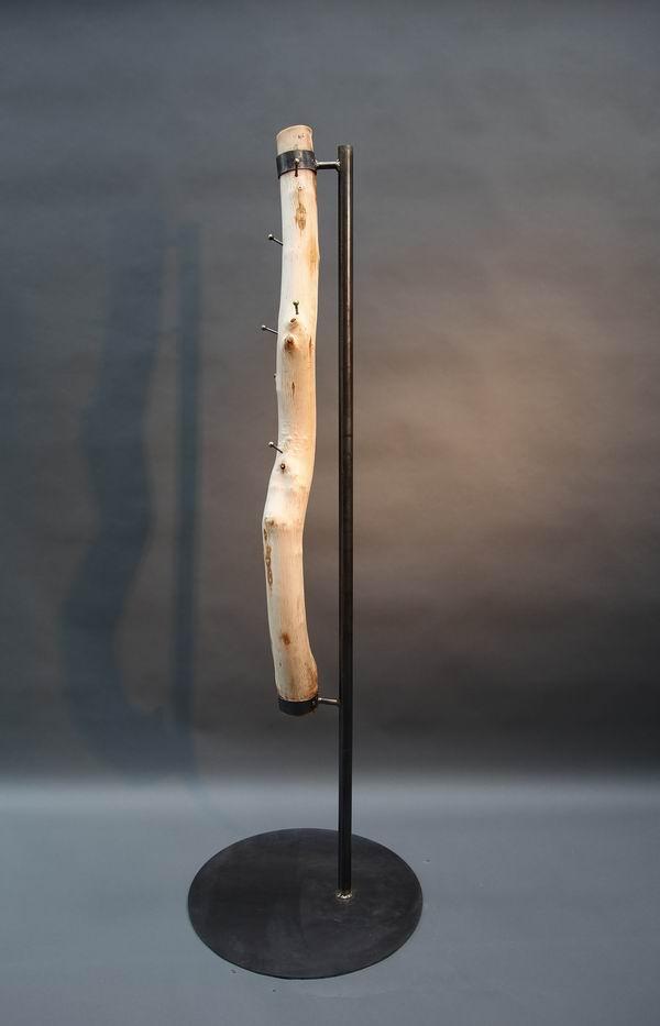 Holz Fertighaus Norddeutschland ~ Baumstamm Garderobe Aus Stahl Und Holz Pictures to pin on Pinterest