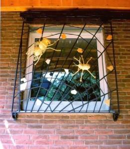 verschiebbares Fenstergitter (3)