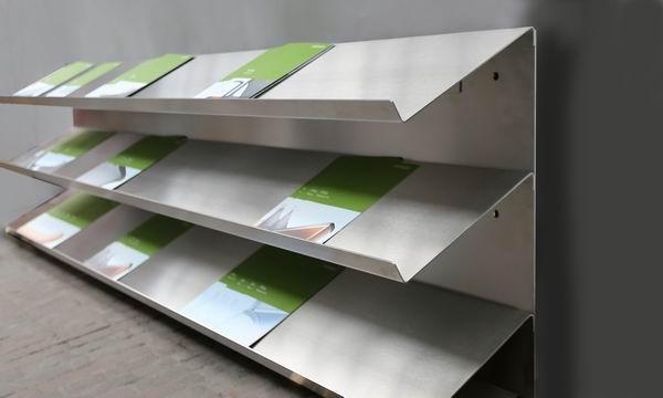 prospektst nder aus edelstahl 6 metallgestaltung. Black Bedroom Furniture Sets. Home Design Ideas