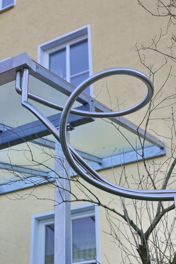 astreine terrassen berdachung mit ber 6 meter breite metallgestaltung. Black Bedroom Furniture Sets. Home Design Ideas