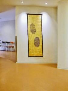 Fingerprint auf vergoldetem Tuch 1