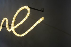Welcome mit LED Lichtschlauch (4)