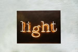 Neon Light (2)